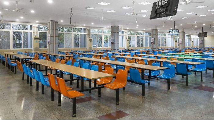 学校食堂都必须配备哪些厨房设备