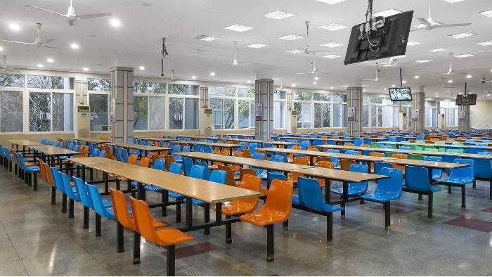学校饭堂厨房设备用具有哪些?